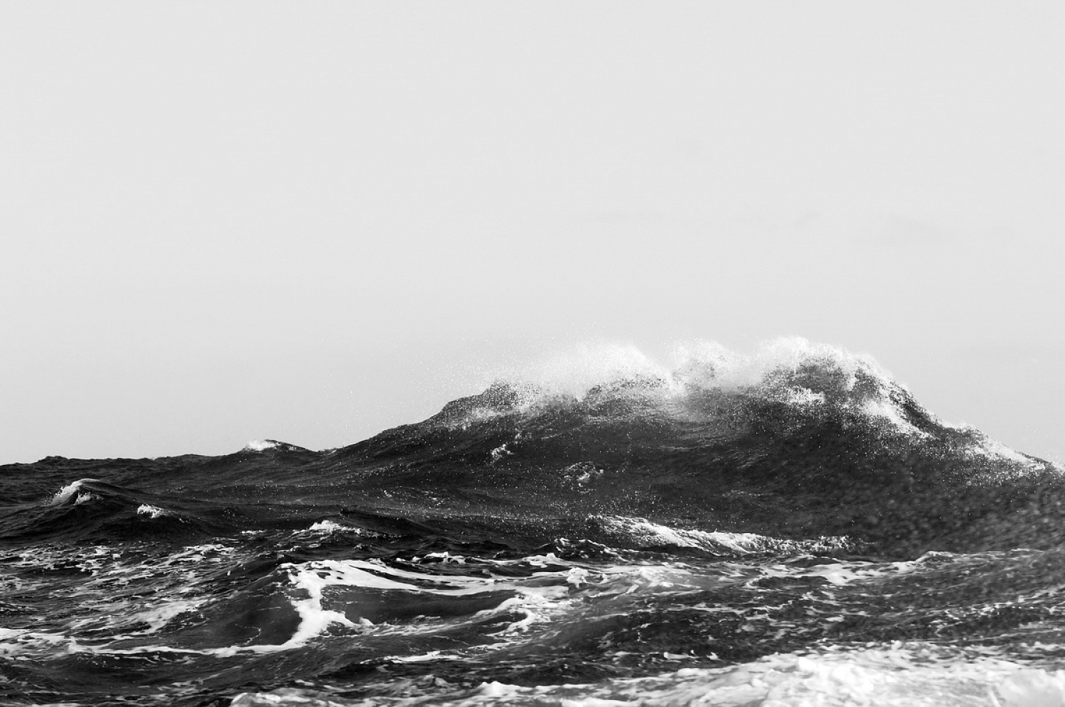Dolph Kessler - Photobook: The Wave, crossing the Atlantic